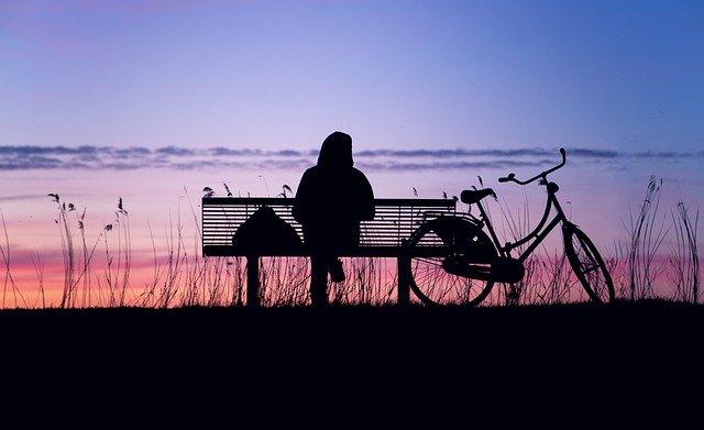 孤独感がつらい人に贈る対処法