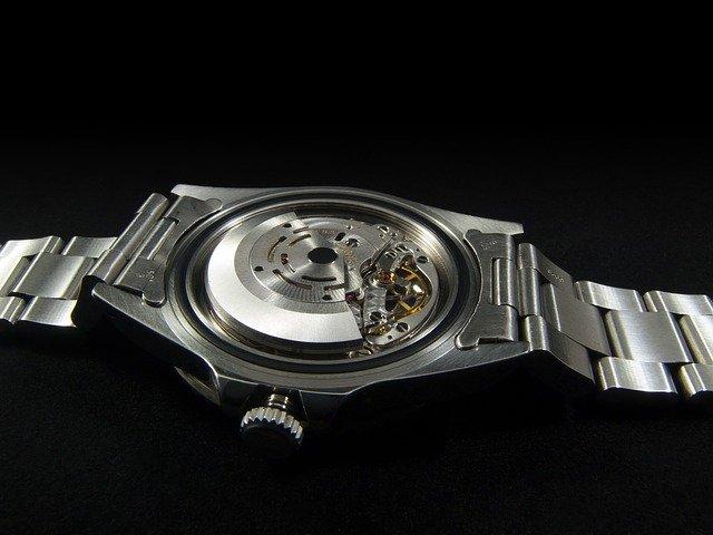 はじめに:筆者が機械式腕時計の魅力に目覚めたキッカケ