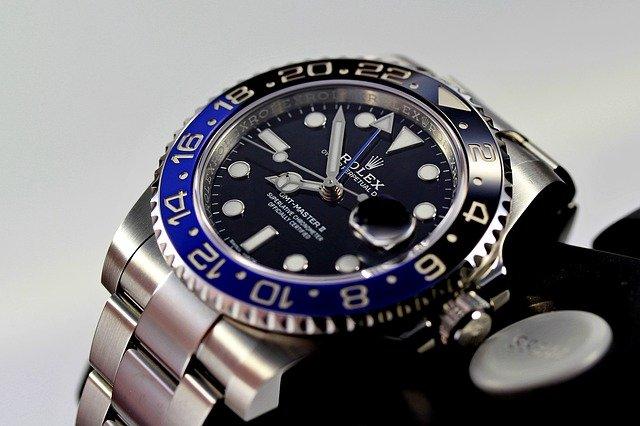 近年の腕時計は特定の文字盤色に人気が集中している