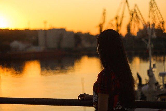 「独身で孤独・寂しい」の正体