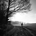 独身で寂しいという人へ→充実感の無さを独身に責任転嫁しない
